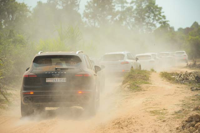 Porsche Cayenne, Bukti Ketangguhan Sebuah SUV Sport
