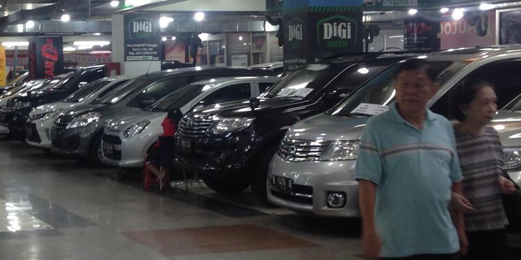 Toyota Honda Dan Mitsubishi Primadona Di Wtc Mangga Dua Carmudi
