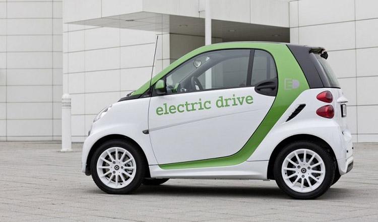 Hasil gambar untuk mobil listrik