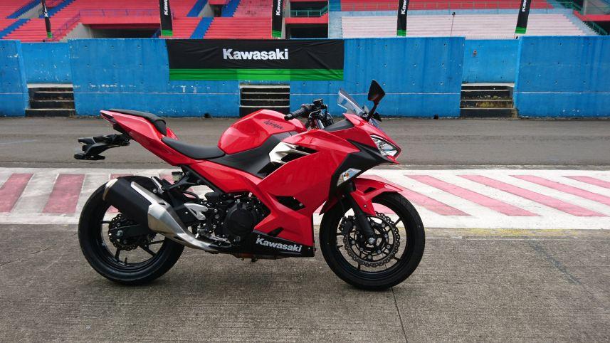 Test Ride All New Kawasaki Ninja 250 Lebih Cocok Untuk Fun Race