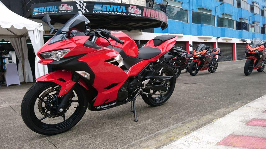 Test Ride All New Kawasaki Ninja 250, Lebih Cocok Untuk Fun Race