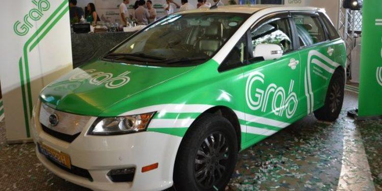 mobil untuk taksi online