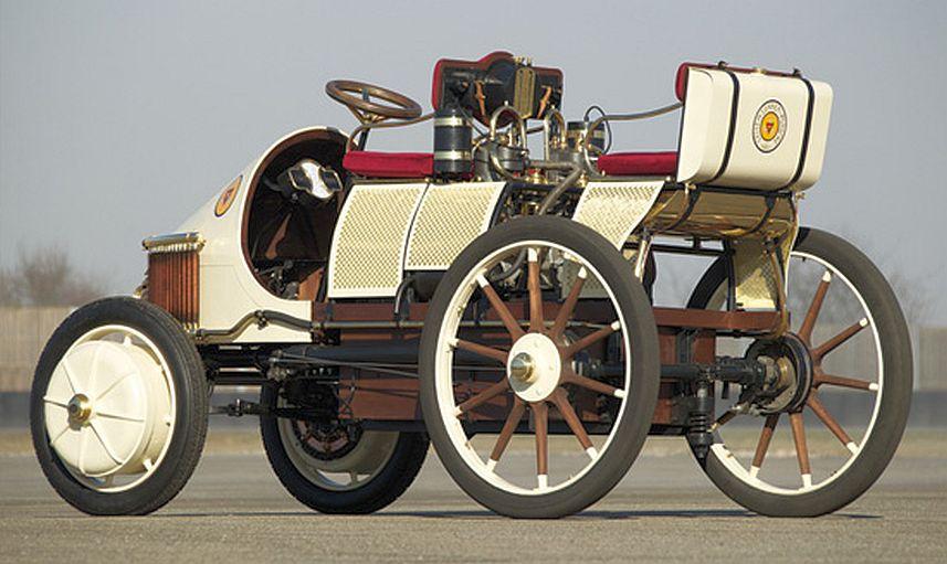 Porsche Ternyata Pencipta Mobil Hybrid Pertama di Bumi