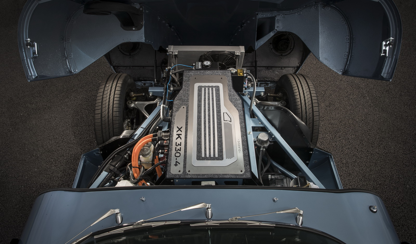 Jaguar E Type >> Mengenal Mobil Listrik Terindah Jaguar E Type Di Royal Wedding