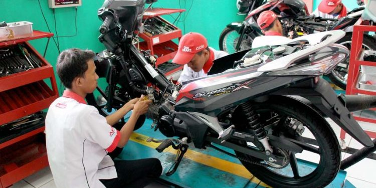 Teknisi Honda
