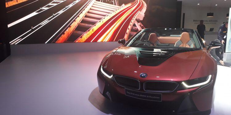 BMW i8 Roadster inden