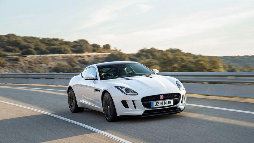 62 Gambar Mobil Sedan Hitam Putih Gratis Terbaik