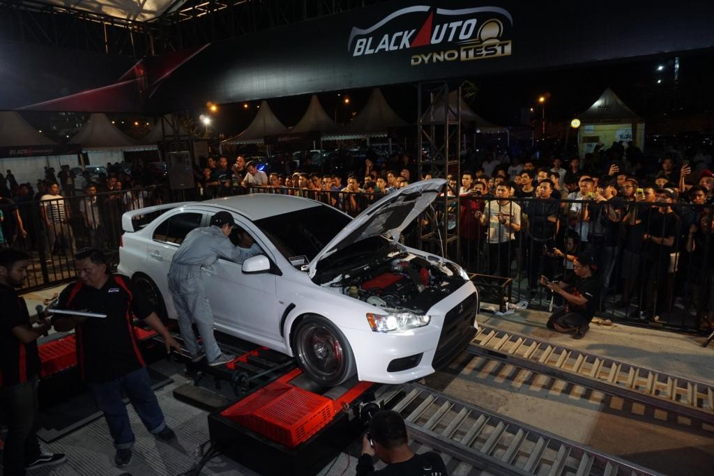 Black Auto Battle 2018