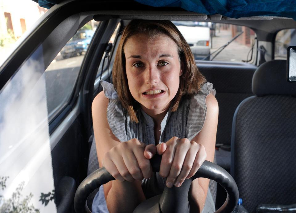 pengemudi mobil pemula