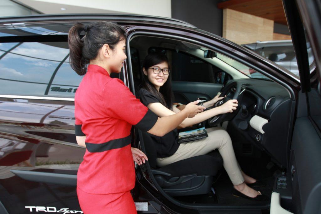 Toyota Live Showroom