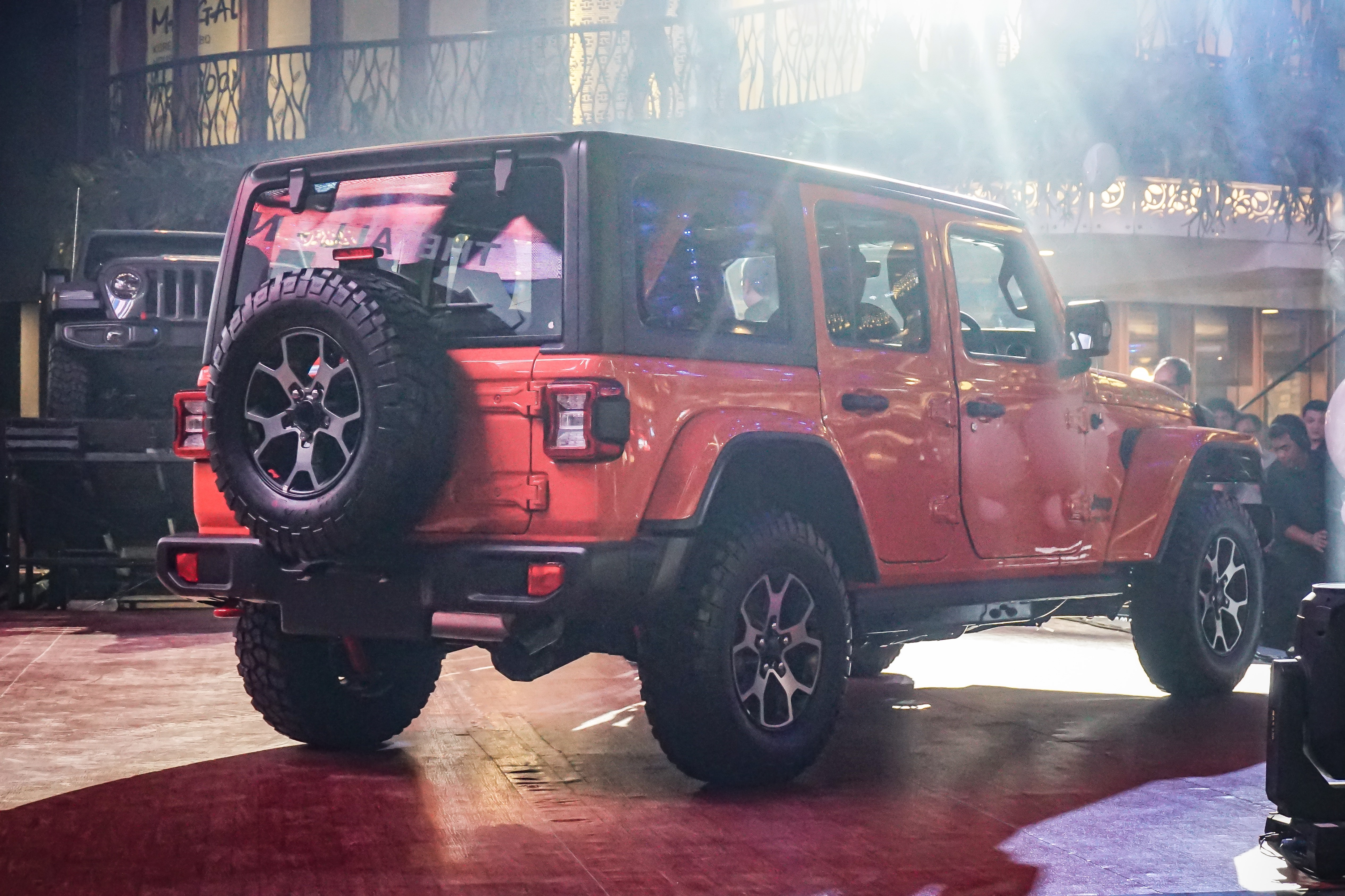 Ini Spesifikasi Lengkap Jeep Wrangler Baru Indonesia Yang 2 000cc