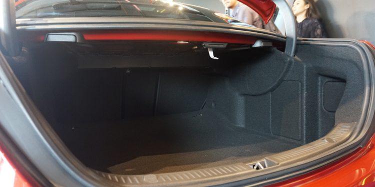 Mercedes-Benz E350 AMG Line EQ Boost (Fransiscus Rosano/Carmudi)