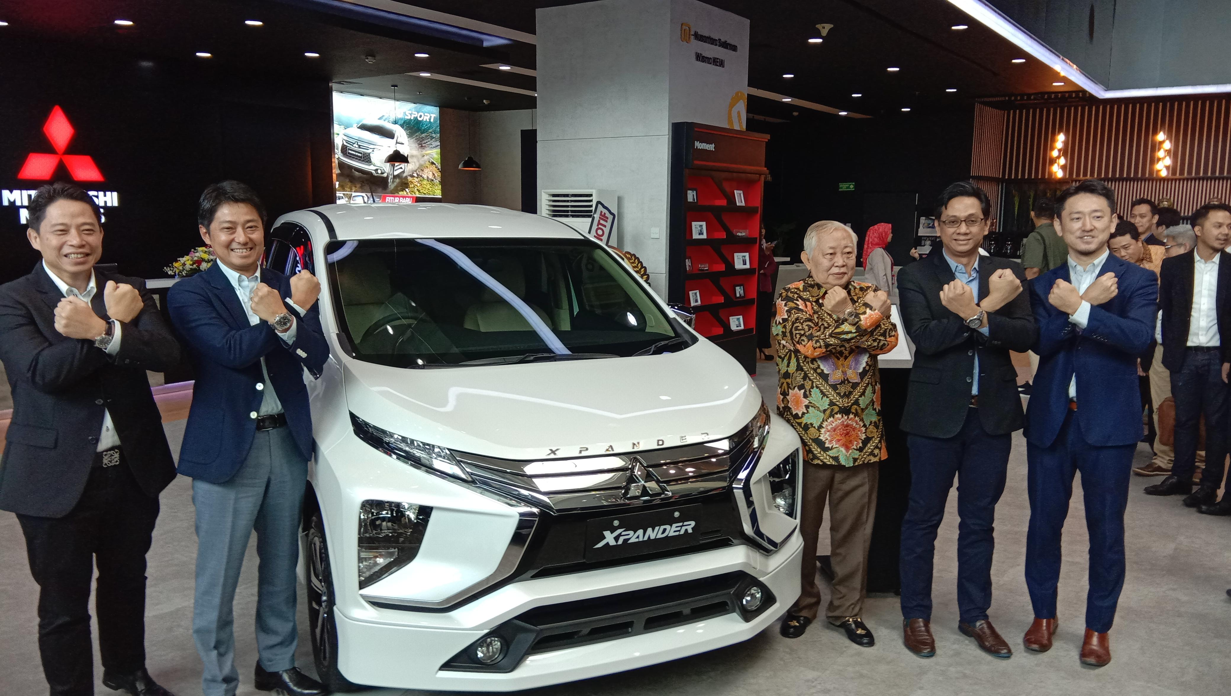 Peresmian diler baru Mitsubishi Nusantara Sudirman