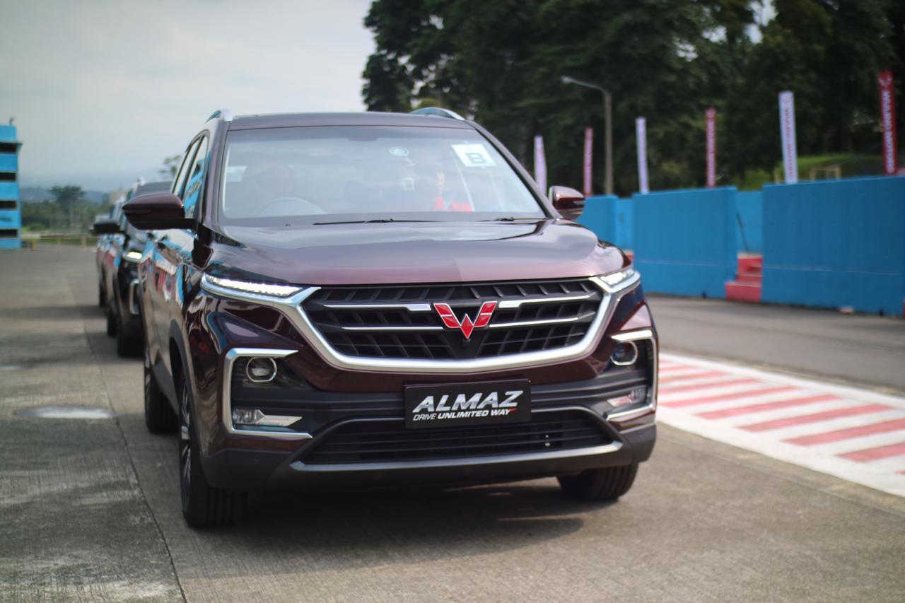 Test Drive Wuling Almaz SUV di bawah Rp350 juta