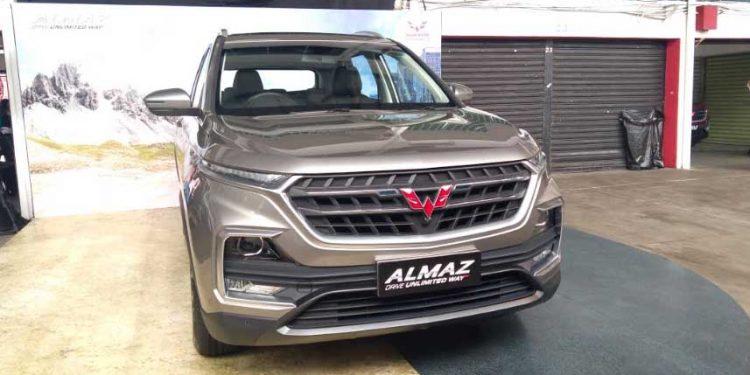 Wuling Almaz SUV di bawah Rp350 juta