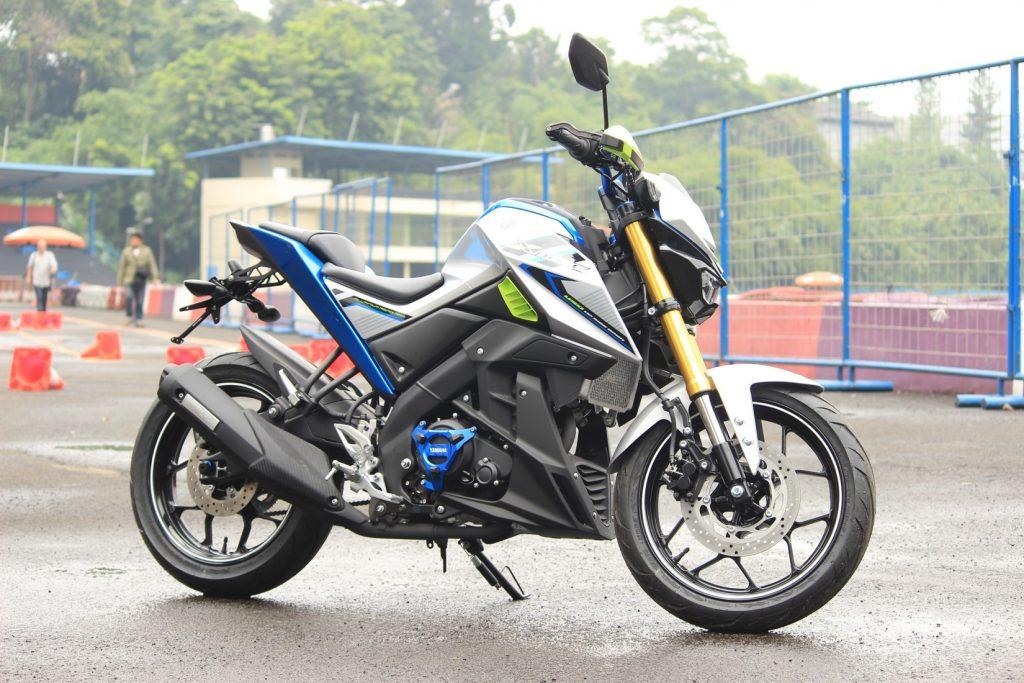 "Peta Persaingan Harga Sepeda Motor Sport ""Telanjang"