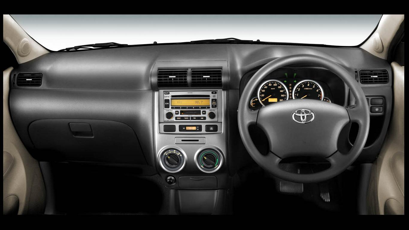 Interior Toyota Avanza 2009