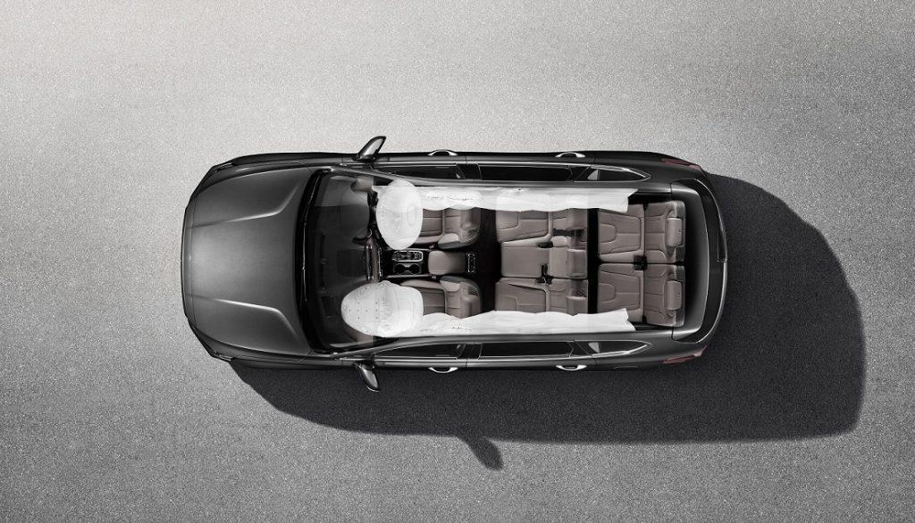 Hyundai Santa Fe varian baru dengan 6 airbags