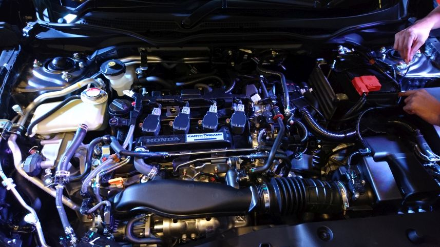 Mesin Honda Civic Turbo