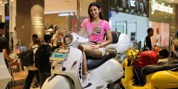Mall to Mall Exhibition Piaggio Indonesia