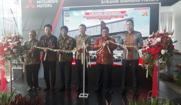 Peresmian diler Mitsubishi Pondok Cabe
