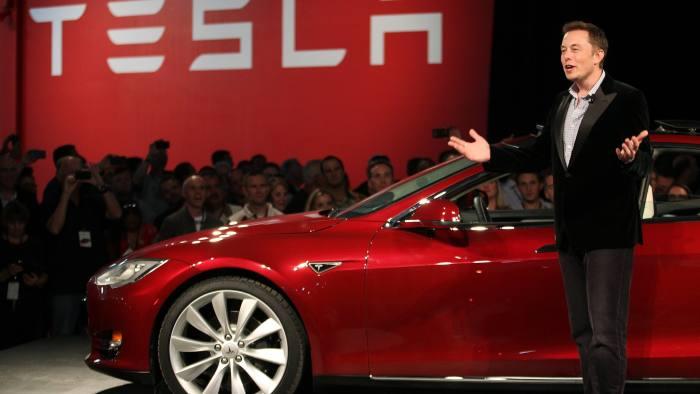 Jokowi telepon CEO Tesla