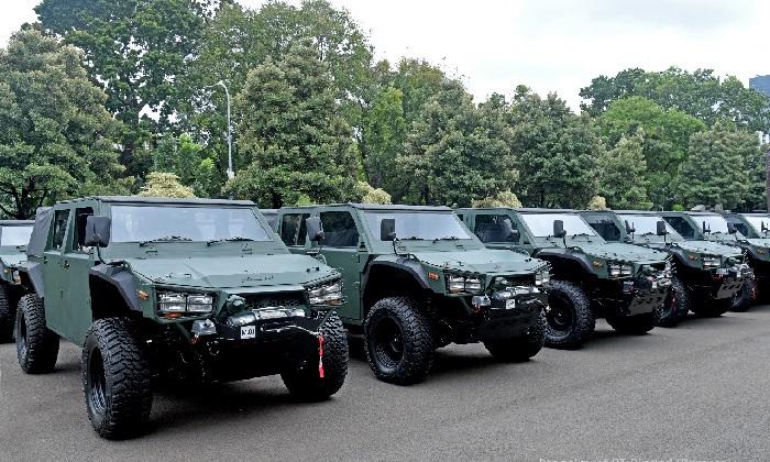 Mobil perang Maung