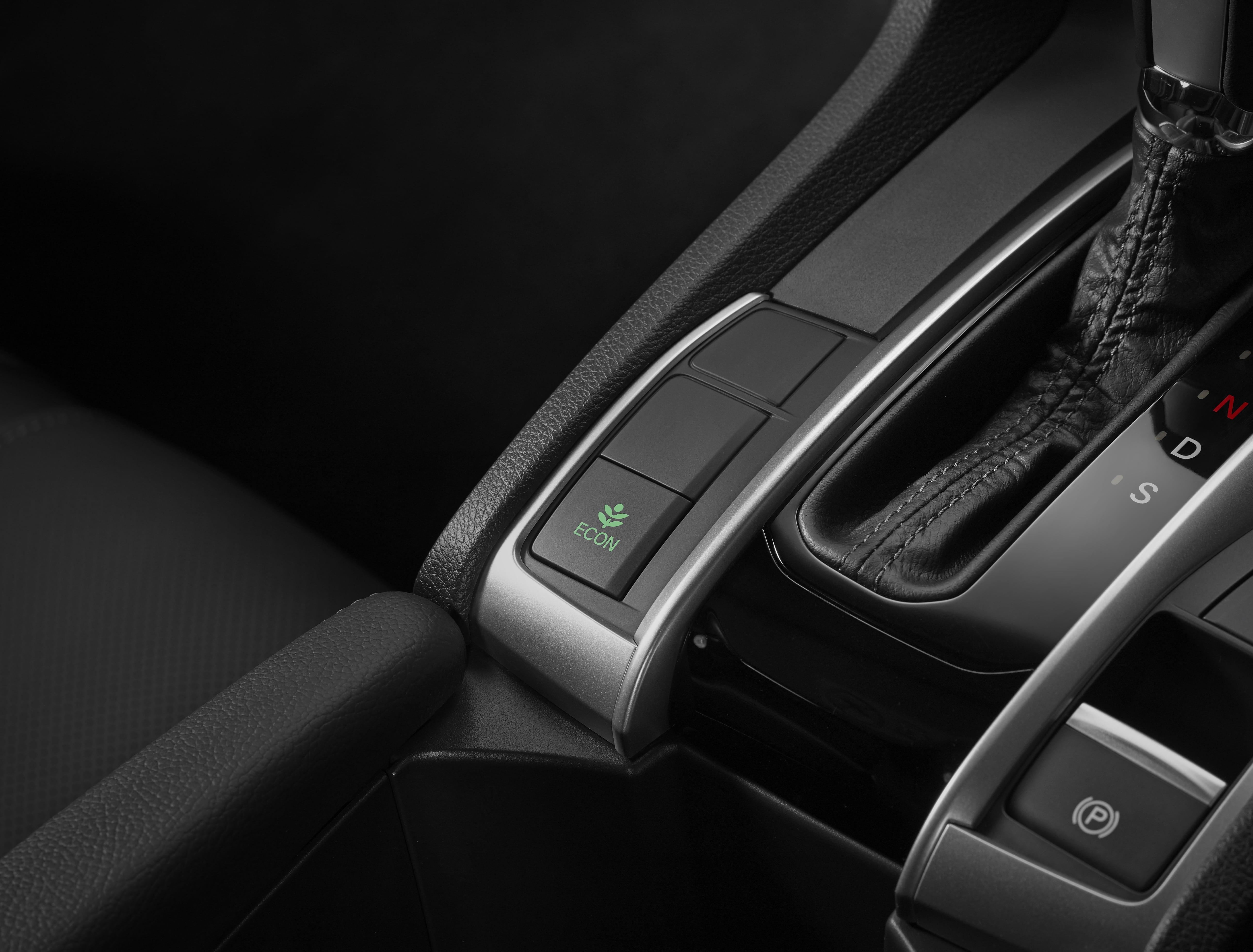 Merek Honda Civic Hatchback  Baru dijual di Carmudi Indonesia 4
