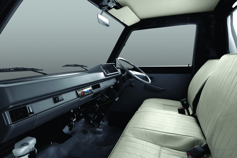 Tampilan Interior Jok Mitsubishi L300
