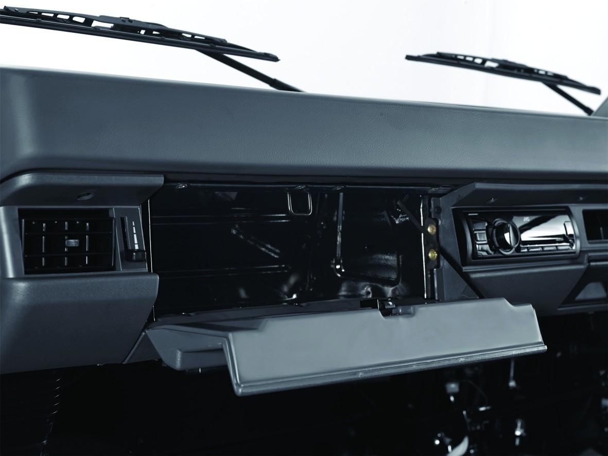 Tampilan Dashboard Mitsubishi L300