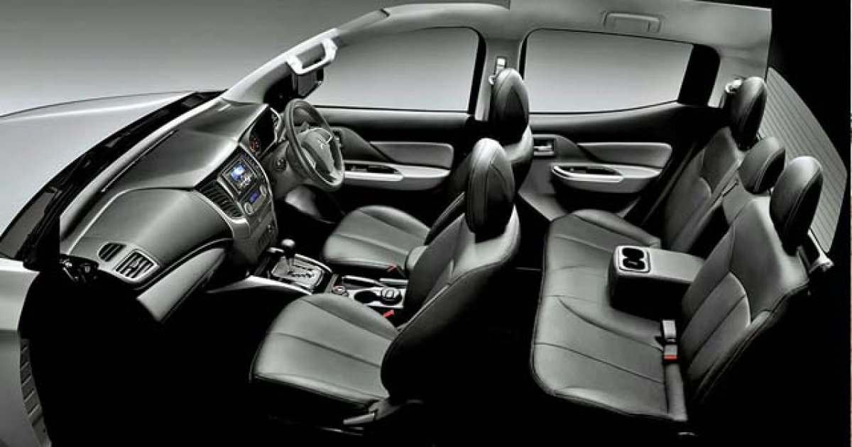 Tampilan Interior Mitsubishi Triton 4x4