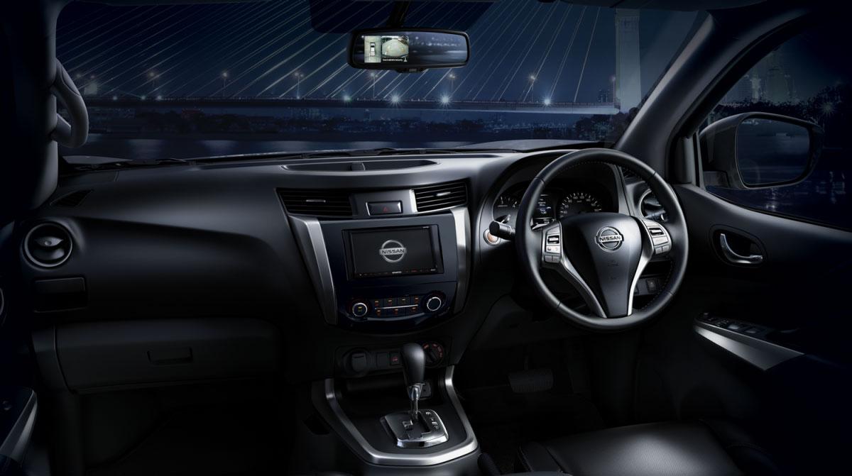 Tampilan Interior Dashboard Nissan Navara 2018