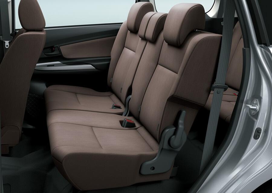 Tampilan interior kursi Toyota Avanza baru
