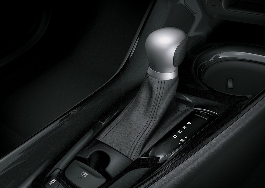 Tampilan Tuas Transmisi Toyota C-HR