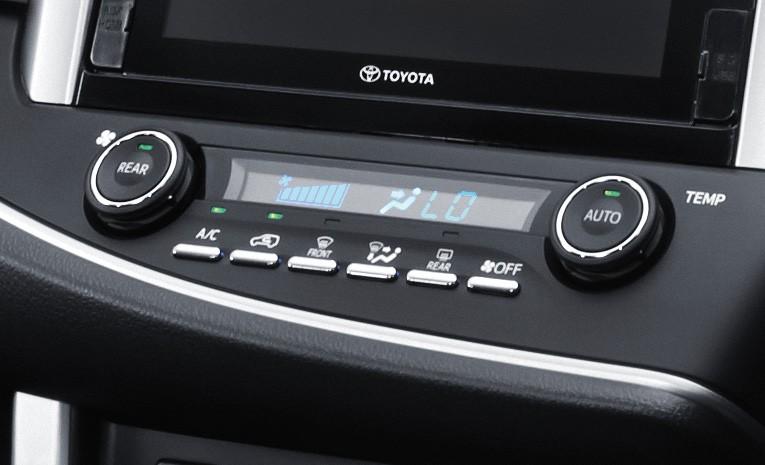 Panel AC Toyota Venturer 2019